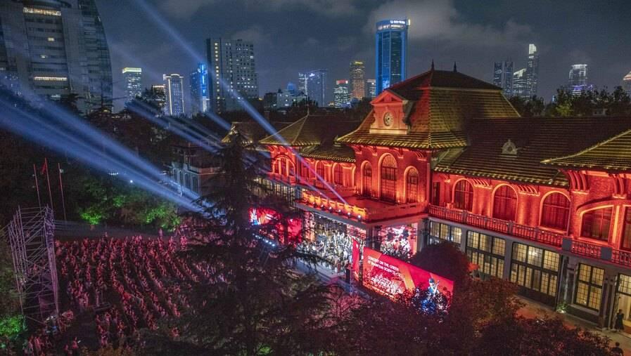 """上海为10位""""最美科技工作者""""颁奖,他们是谁?"""